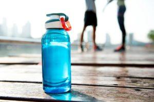 botella-reutilizable-plastico
